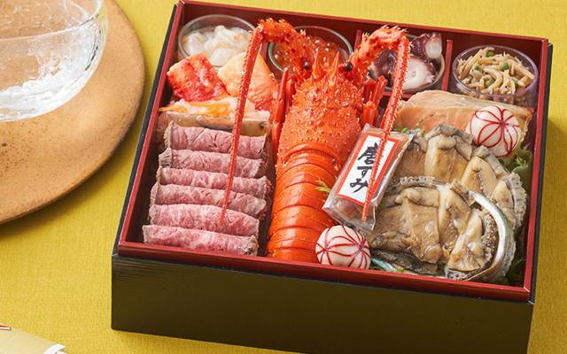 伊勢海老やあわびなど豪華海鮮がふんだんに入った、まるで宝箱のようなオードブル「萬福」。新年におせちとしてはもちろん、年末にお酒の肴としてもおすすめです。